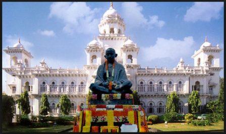 தெலங்கானா மாநில சட்டப் பேரவை கலைப்பு: காபந்து முதல்வராக சந்திரசேகரராவ் நீடிப்பு!!
