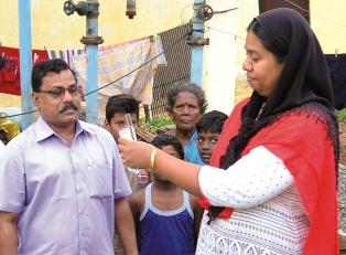 காய்ச்சலா! பொதுமக்கள் அரசு ஆஸ்பத்திரியில் பரிசோதனை செய்துகொள்ள வேண்டும் : நாமக்கல் ஆட்சியர்