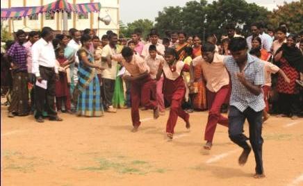 நாமக்கல்லில் மாற்றுத்திறனாளிகளுக்கான விளையாட்டு போட்டிகள்; 500 பேர் பங்கேற்பு