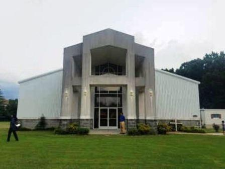 அமெரிக்காவில் இந்து கோயிலாகும் முப்பது வருட பழமையான தேவாலயம்