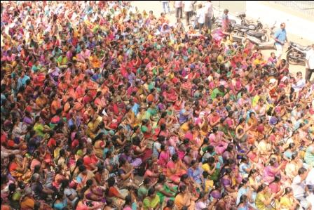 நீதிமன்ற உத்தரவையும் மீறி ஜாக்டோ-ஜியோ வேலை நிறுத்தம் மற்றும் சாலை மறியல் போராட்டம் : ஆயிரக்கணக்கான ஆசிரியர்கள் கைது